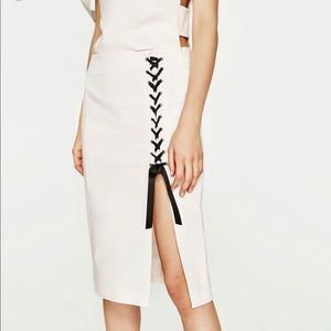 Zara White Midi lace up skirt XS